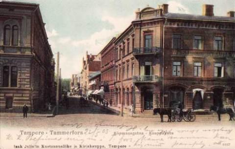 Kauppakatua ja Sandbergin talo - vanha Tampere-postikortti v. 1903
