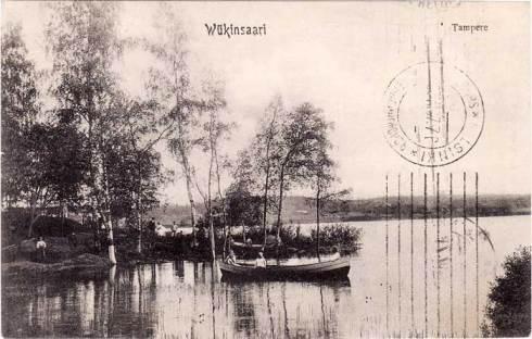 Soutuveneitä ja huviretkeilijöitä Viikinsaaren rannassa v. 1907 Tampereelta lähetetyssä postikortissa